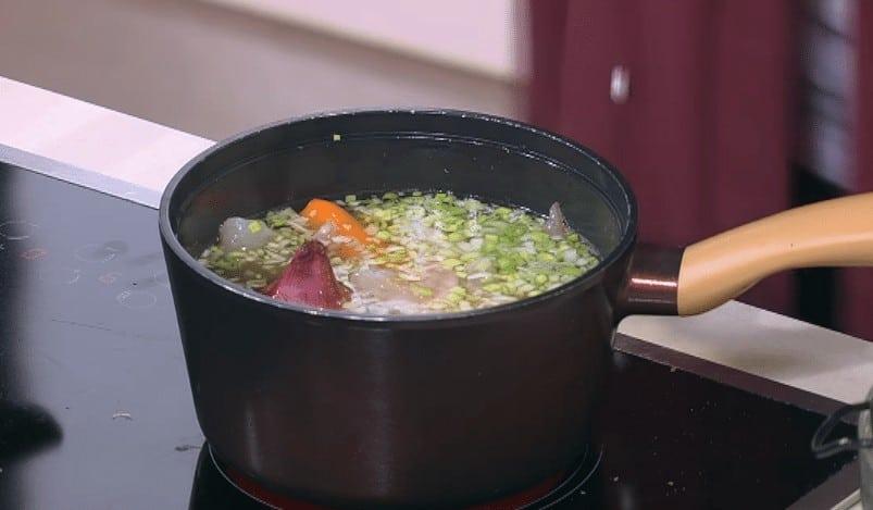 طريقة عمل كشك بالجمبري و البصل