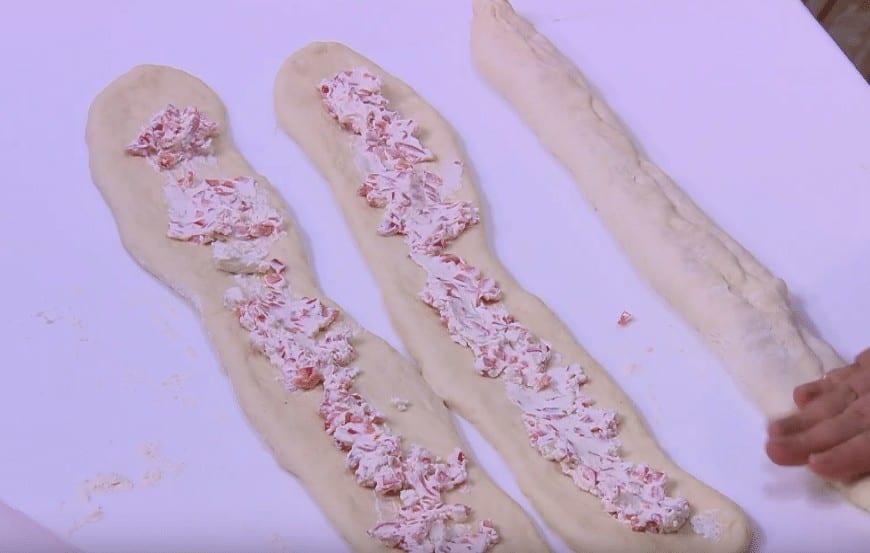 طريقة عمل ضفيرة الجبنه و الفلفل