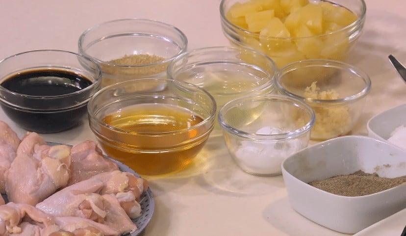 مقادير طريقة عمل أجنحة دجاج بالعسل والأناناس