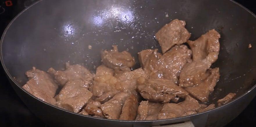طريقة عمل لحم حار بالفلفل