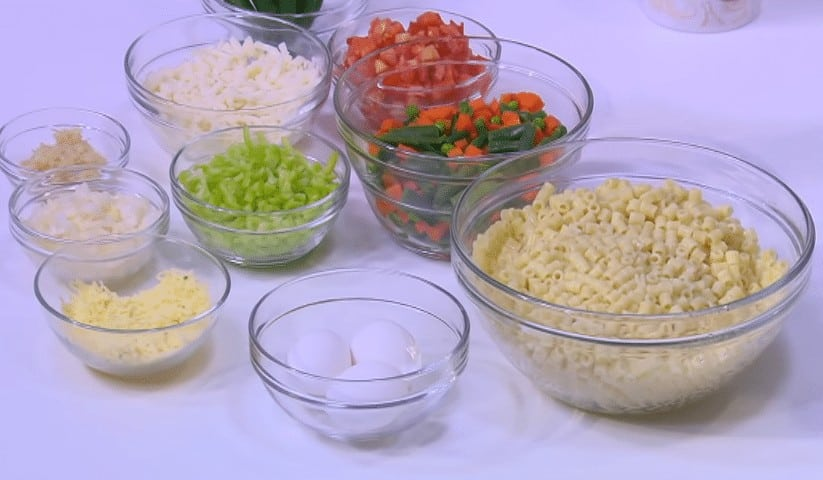 طريقة عمل مكرونة بالطماطم و الخضار