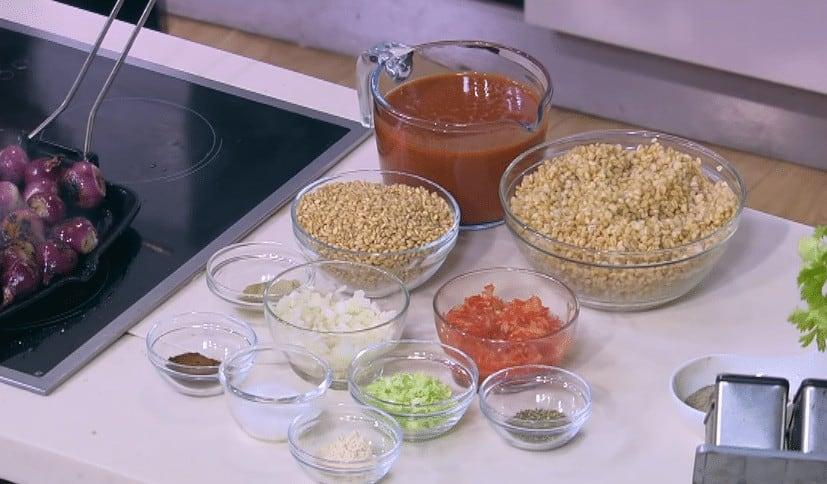 مقادير طريقة عمل شوربة القمح الصيامي