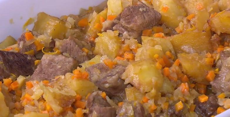 طريقة عمل لحمة بالبطاطس و البرتقال