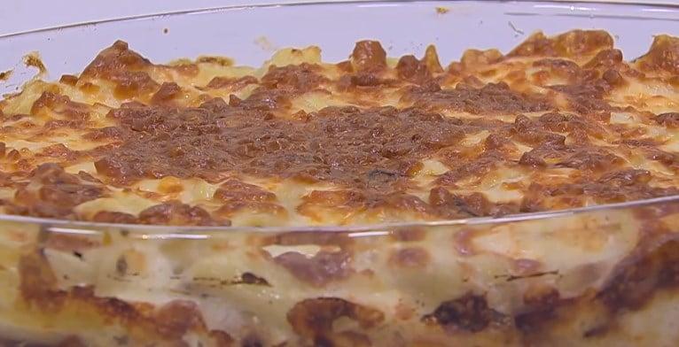 طريقة عمل مكرونة بالجبنه و البصل